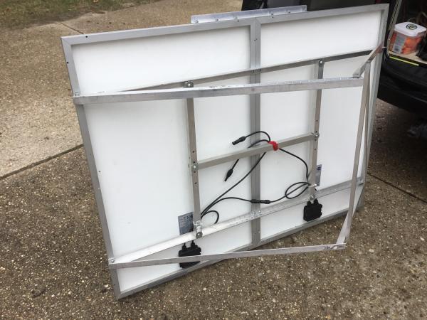 Adjustable portable panel frame