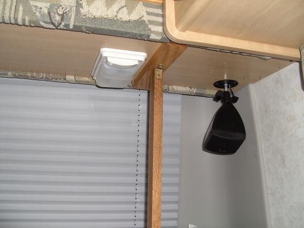 Rear Shelf Brace